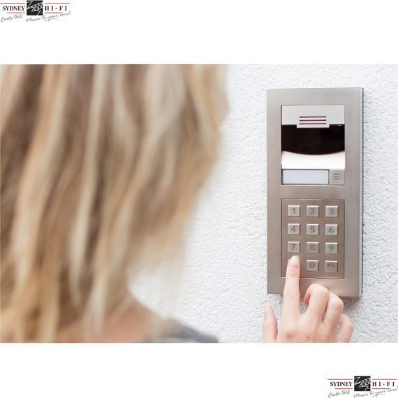 Control 4 DS2 Door Station with keypad